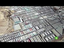 Embedded thumbnail for El polígono Cobo Calleja, el paraíso del 'low cost' donde no existe el IVA